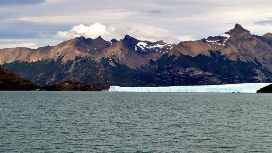 Voilà le Perito Moreno au loin.